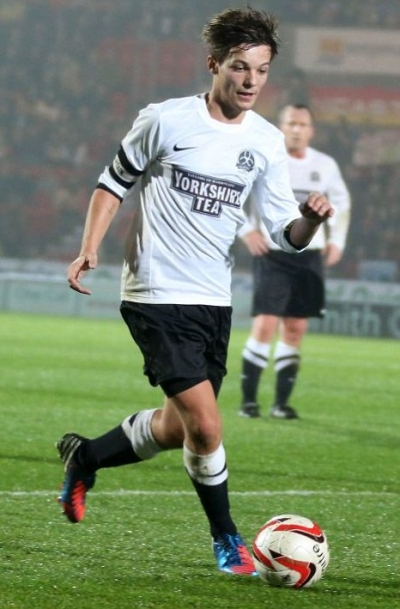 Louis Tomlinson: Pop star sensation and....footballing star?